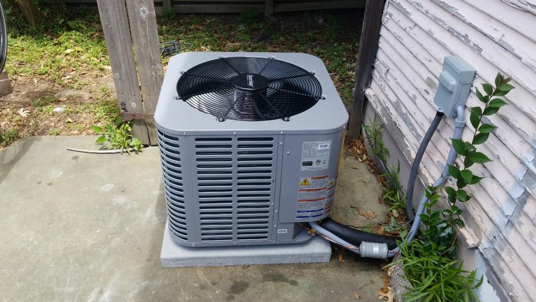 Houston, TX - Replace condenser and evaporator.