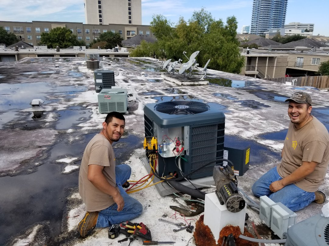 Houston, TX - Air conditioning replacement