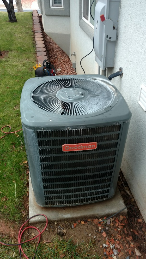 Hurricane, UT - Dixie Heating and Air Conditioning adding Refrigerant and repairing leak on Goodman heat pump split system