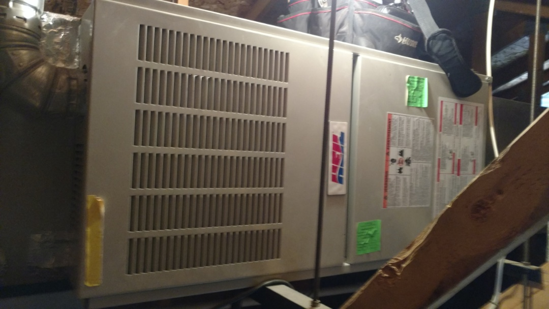 St. George, UT - Dixie Heating and Air Conditioning replacing bad transformer and repairing burnt wiring on Heil furnace for AC split system