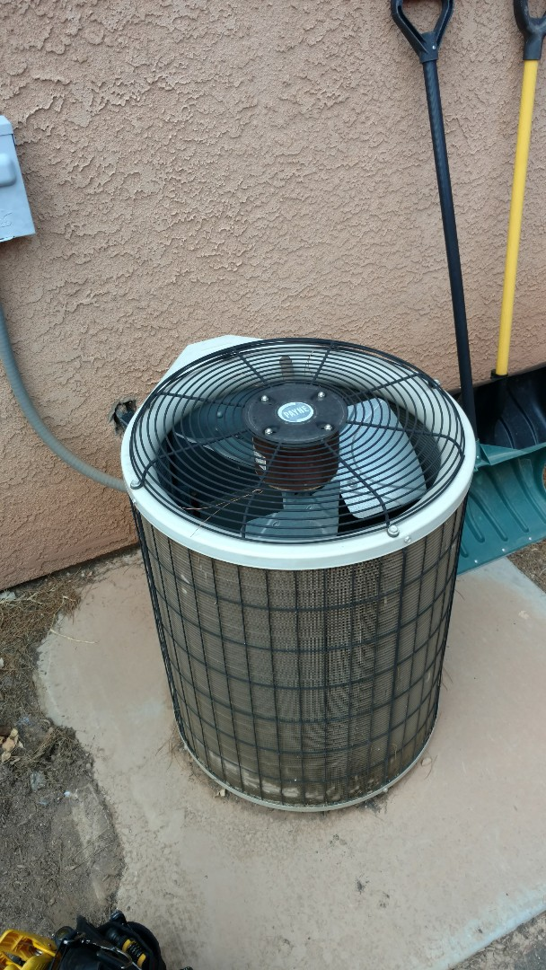 Hurricane, UT - Dixie Heating and Air Conditioning replacing bad dual capacitor, contactor and burnt wiring on Payne AC split system
