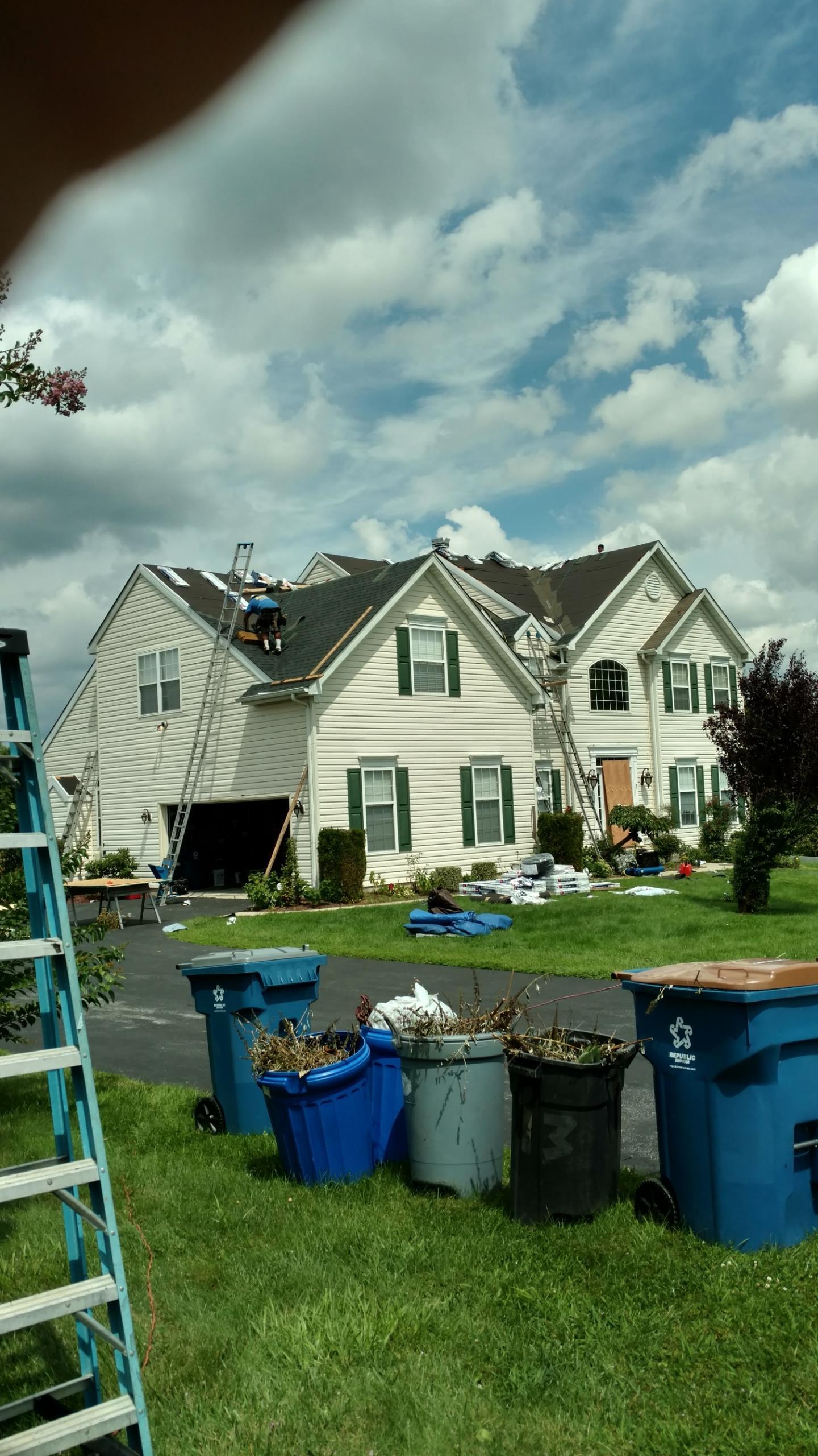 Middletown, DE - Installing new GAF Timberline shingles