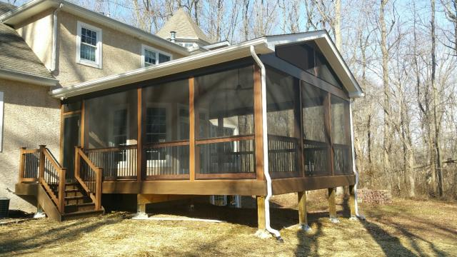 Earleville, MD - We just finished this screen porch with Trex Decking, Moca vinyl railings and Screen Ez system.