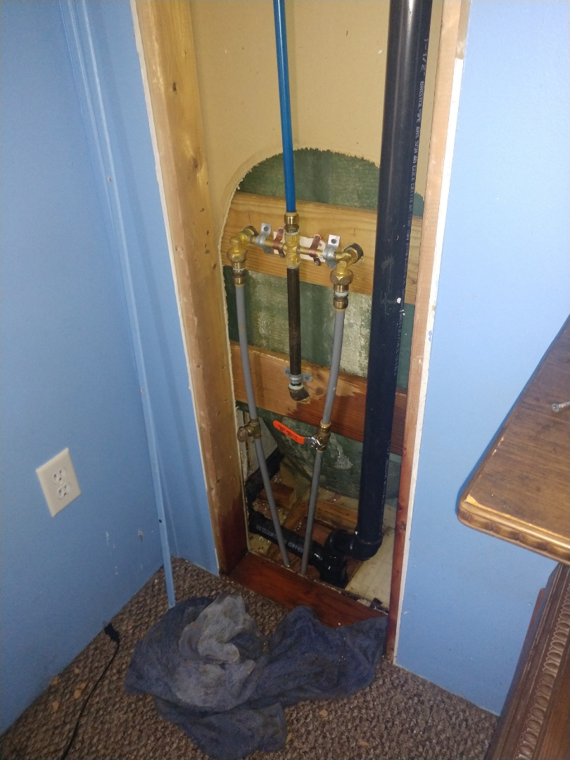 Lehighton, PA - Fixed water leak behind tub