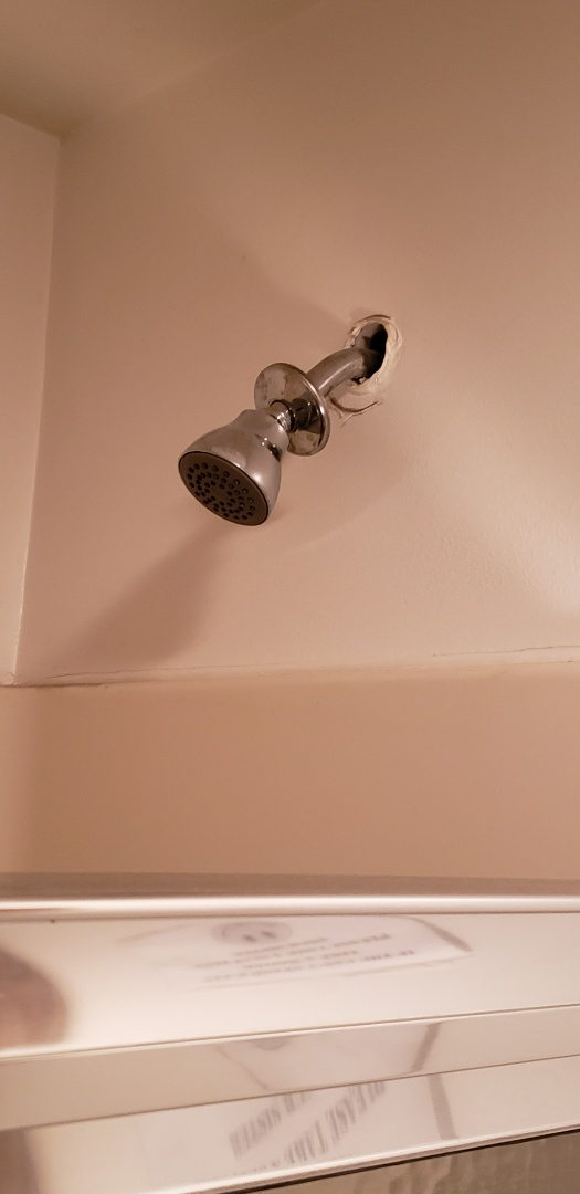 Lehighton, PA - Changing a shower head.  Plumbing service repair near Mallard Market in Lehighton