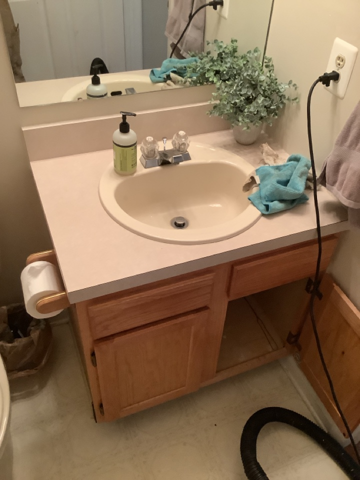 Doylestown, PA - Drain cleaning. Estimate for a new vanity, sink and faucet. Plumb pro services. PlumbPro services.