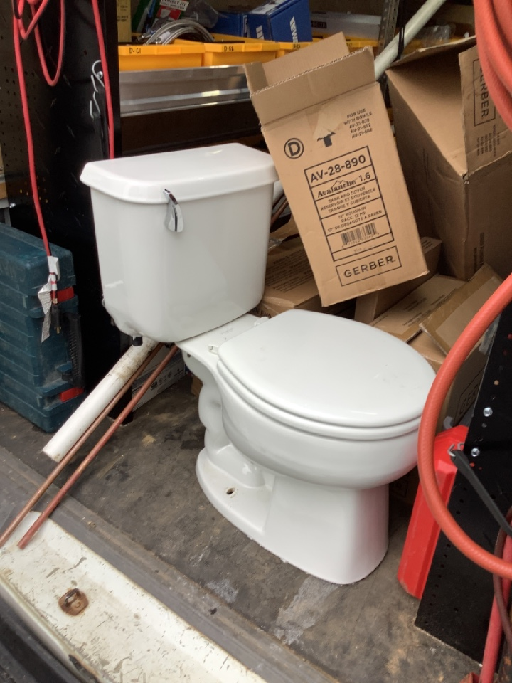 North Wales, PA - Install a new toilet. Replace an old toilet. PlumbPro Services. North Wales plumber.
