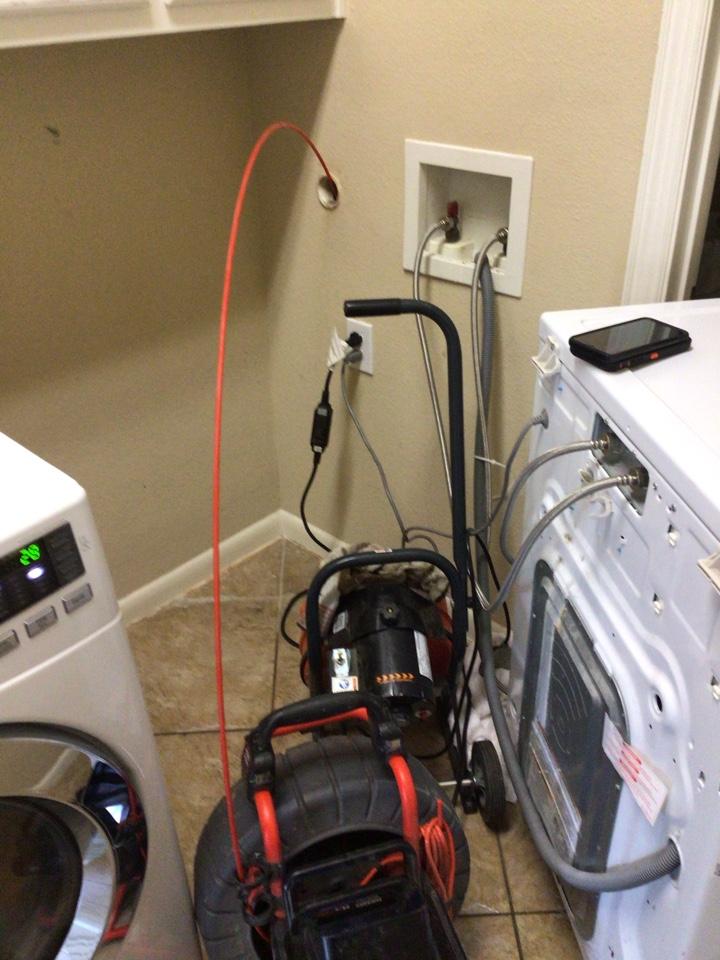 Double Oak, TX - Plumber needed for sewer clog in Double Oak
