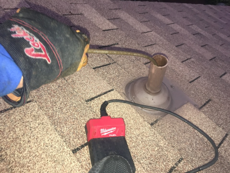 Flower Mound, TX - Plumber needed for drain cleaning through vent stack on roof in Flowermound, Tex