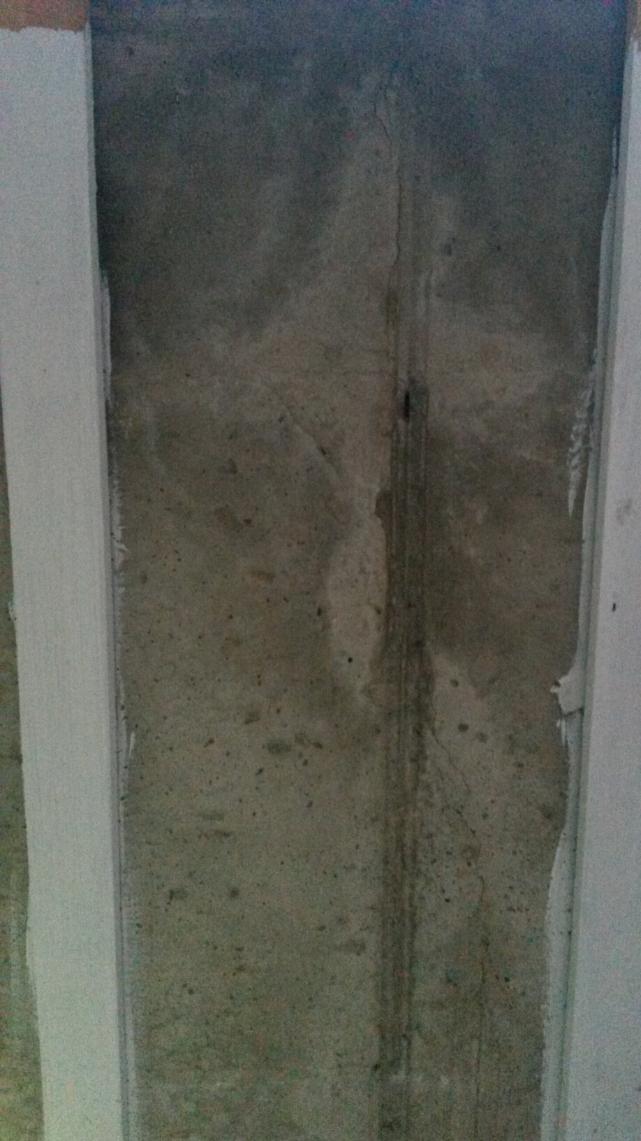 Farmington, UT - Mold cleanup in Farmington Utah.  This is a family home that is part of an estate. They are getting the home cleaned up and ready to sell. That includes getting the mold cleaned up. The moisture came in through these small foundation cracks.
