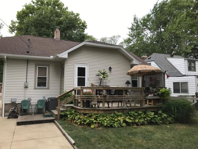 Champaign, IL - Replaced siding on back of home and removed awning, looks great!