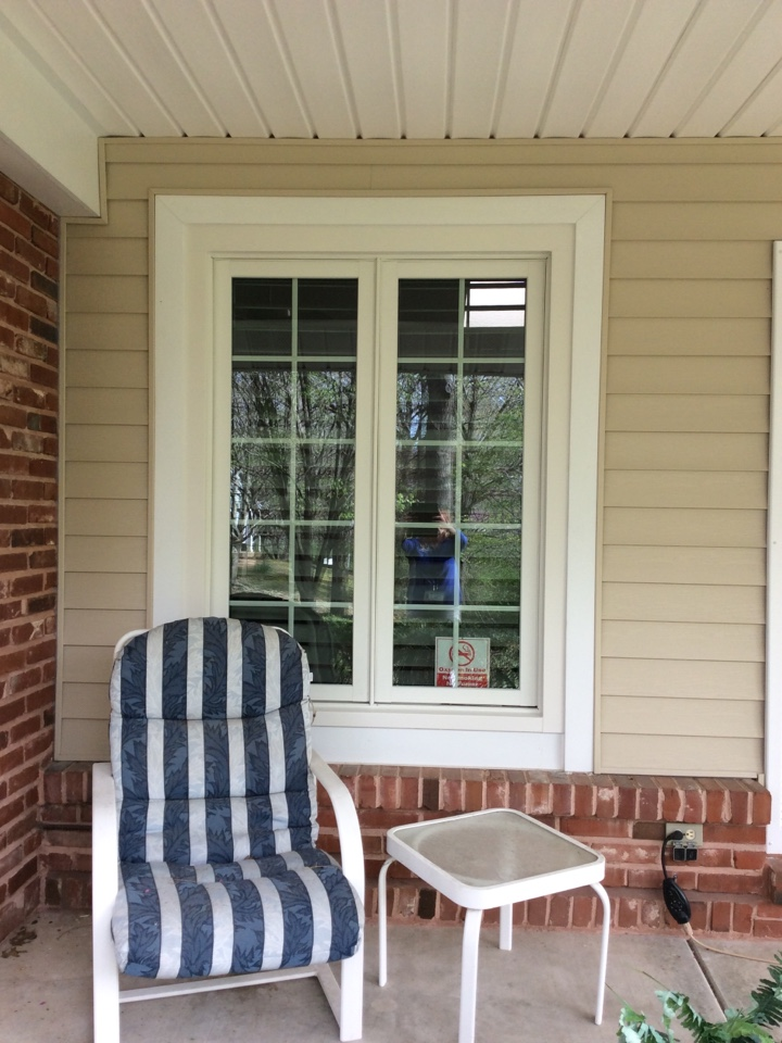Chesterfield, MO - We highly recommend Renewal by Andersen to our family, friends and neighbors.  We are looking forward to having the rest of our windows installed.  A great quality product!