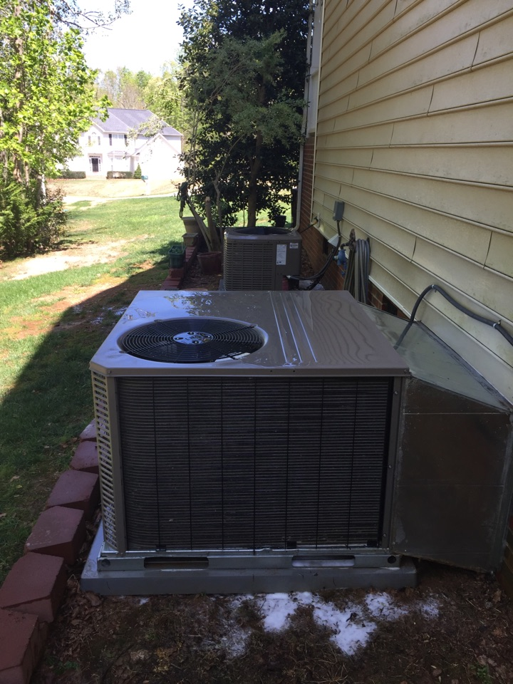 Garner, NC - AC maintenance and pan treatment.
