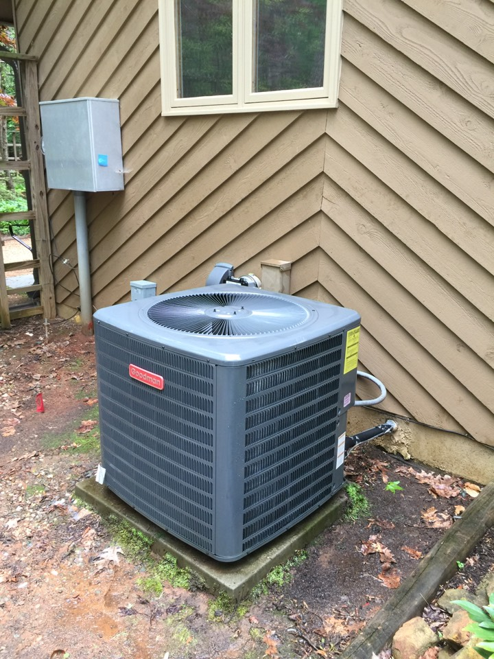Chapel Hill, NC - Complete ac maintenance of one system. Client declined pan treatment and indoor air products.