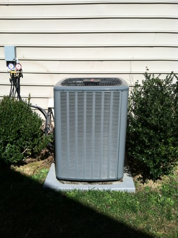 Here to do Annual heat maintenance on an Amana heat pump split system