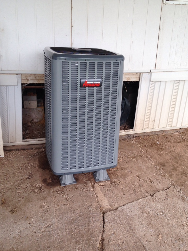 Chattanooga, OK - Installing a new Amana air conditioning unit