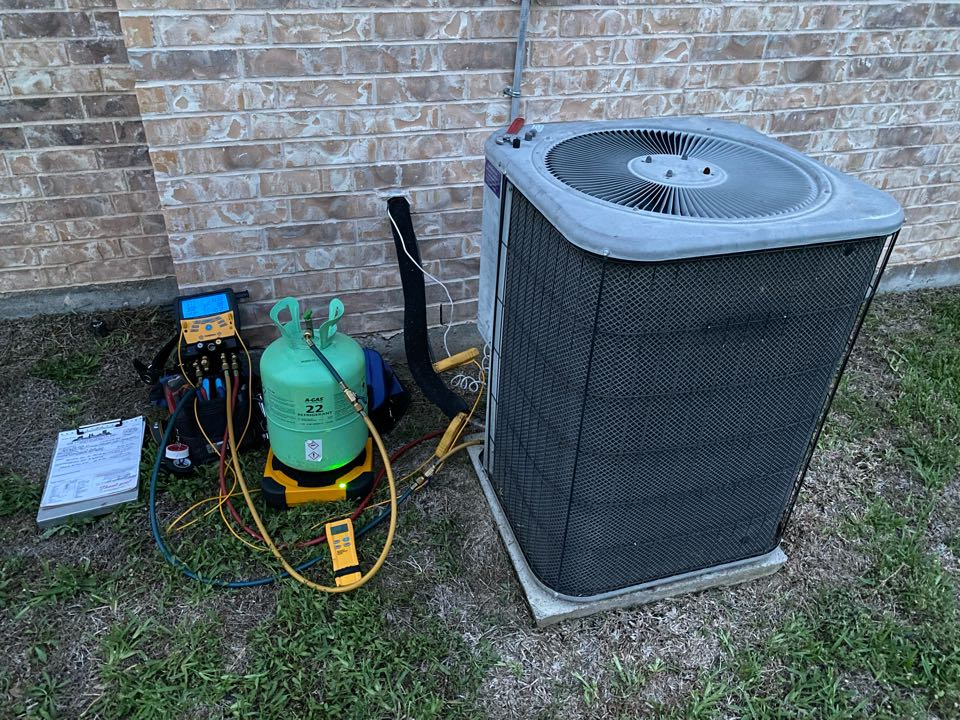 Benbrook, TX - Air conditioning service and repair working on a LENNOX air conditioner here in Fort Worth over off of Team Ranch Road had to add a little bit of refrigerant to the system
