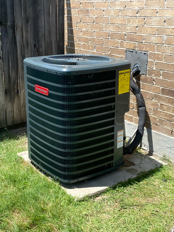 Fort Worth, TX - AC and heating repair services in the western hills North Neighborhood Of Fort Worth, TX providing services throughout Tarrant County Tx
