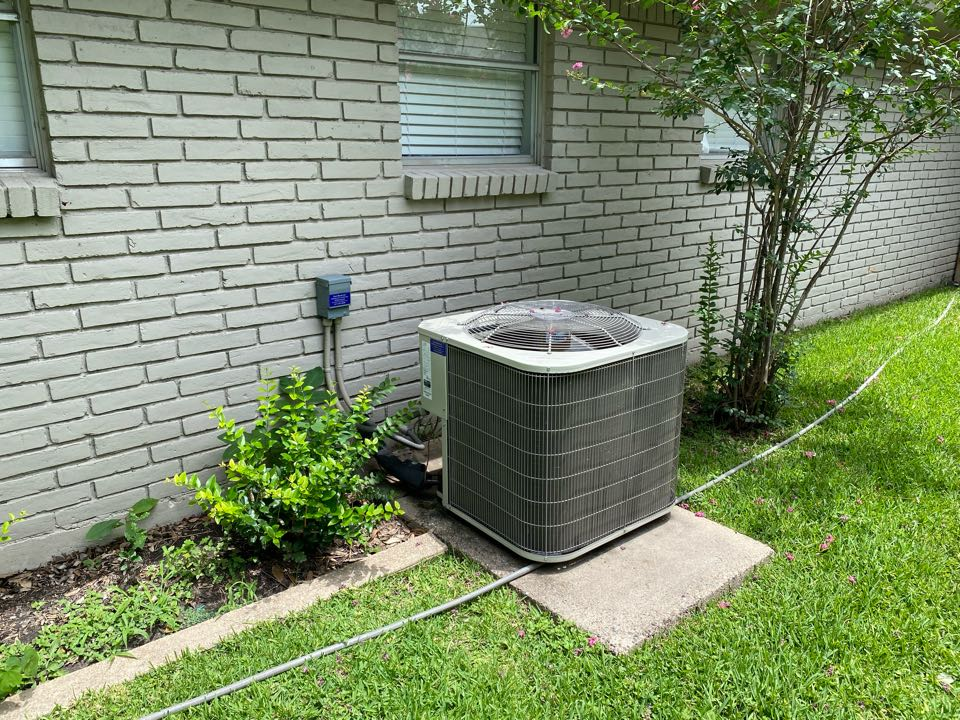 Fort Worth, TX - Heating and air-conditioning repair Services today working on a Rheem air conditioner repairing a refrigerant leak on the liquid line inside the condenser