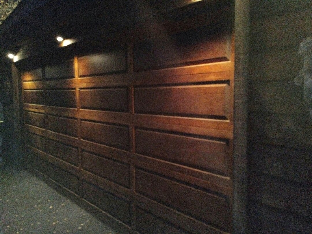 Carmel Valley, CA - Service wood garage door