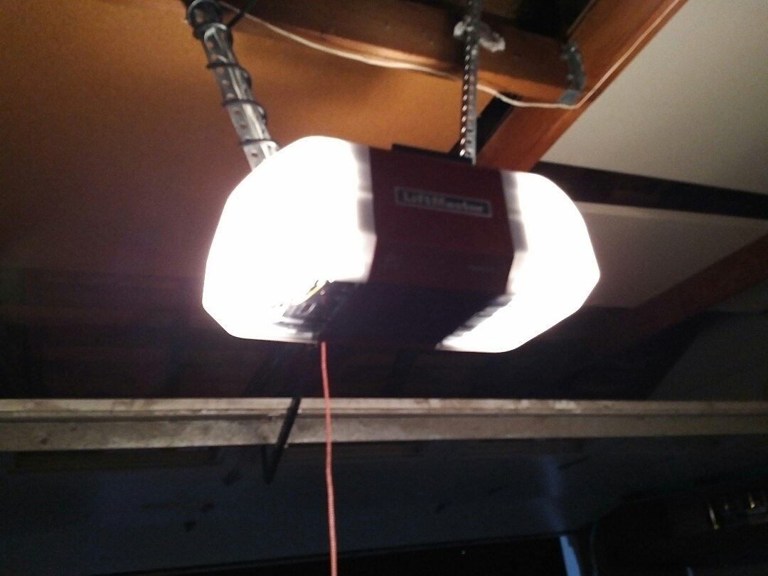 Salinas, CA - Replaced opener with garage door LiftMaster electric opener