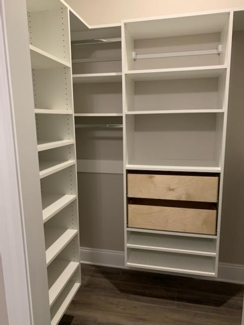Niceville, FL - New Construction in Niceville, FL. Installation and Fabrication of all Closets in White Melamine. Including the Master Closets, Guest Bedrooms, and Linen Closets. Lots of hanging sections and drawers to help store items!