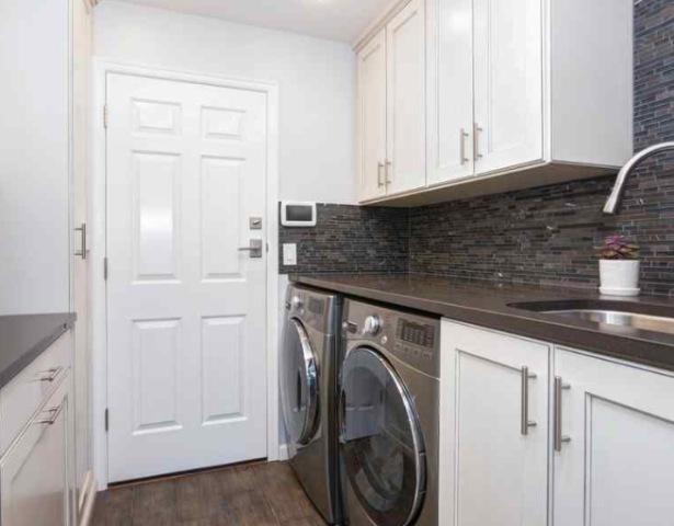 Valparaiso, FL - Custom Laundry Room Niceville : Even if you have a cleaning helper or you outsource this task to expert cleaning companies, you can still benefit from having your dedicated, custom laundry room or storage space.  Find Out Why: https://alphaclosets.com/custom-laundry-storage/