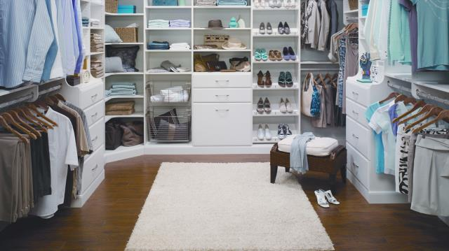 Miramar Beach, FL - Custom Closets Miramar Beach FL :  When you have a functional and beautiful closet, deciding as to what to wear becomes more fun and enticing.  Find Out More Here: https://alphaclosets.com/custom-closets/