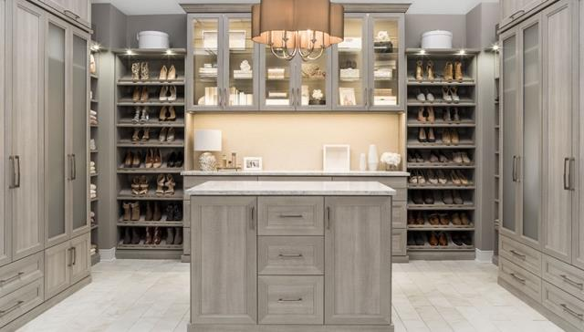 Closet Accessories Miramar Beach FL : We are a trusted name in the region when it comes to all types of custom closet systems.   Check Our Work Here: https://alphaclosets.com/closet-accessories/