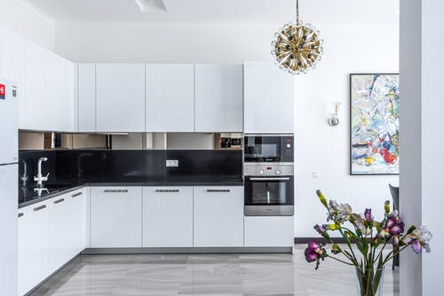 Custom Kitchen And Pantry Storage Near Mount Carmel FL: Shelves, boxes and other ready-made systems come in shapes and sizes that may not match the configuration of your storage room or pantry.   Check This : https://alphaclosets.com/custom-kitchen-and-pantry-storage/