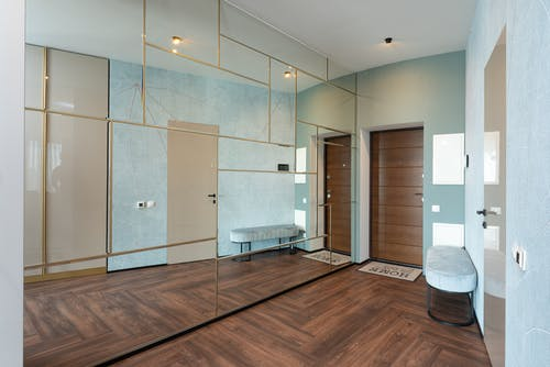 Together we review your space, discussing likes and dislikes, list your goals, and hone in on a design concept. We create a custom 3D plan based on your storage requirements and work with your availability to create a schedule and budget for your project.