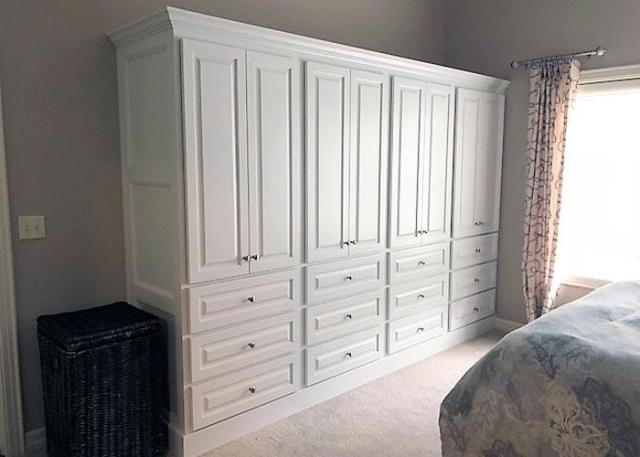 Niceville, FL - Your wardrobe is protected from stretching and tears when you have such a closet system in your home.