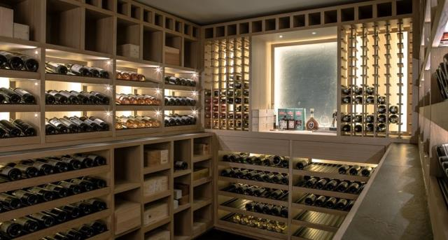 Bagdad, FL - The most typical wine rack materials include wood and metal.