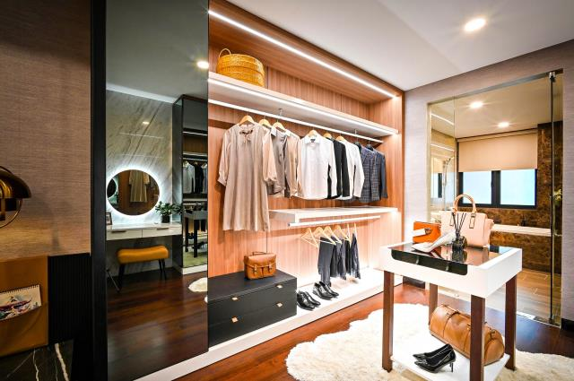 We have a wide selection of custom closet materials that come in an array of patterns and colors one can select from.