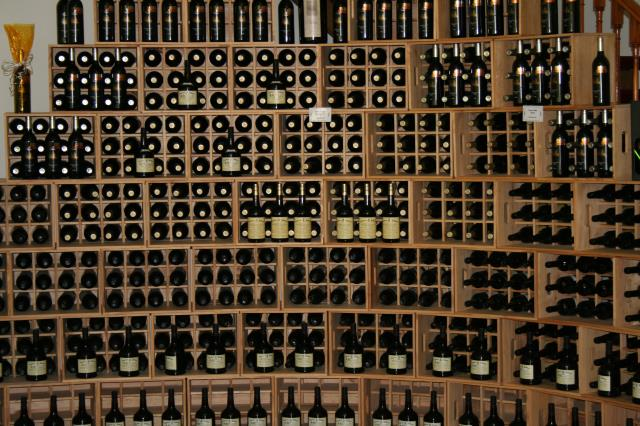 What is the optimum humidity of wine storage? Know The Answer Here: https://alphaclosets.com/custom-wine-racks/