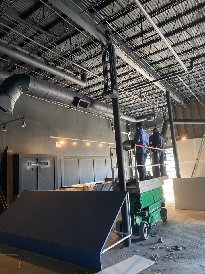 Lexington, KY - New air conditioning replacement fit up downtown Lexington !