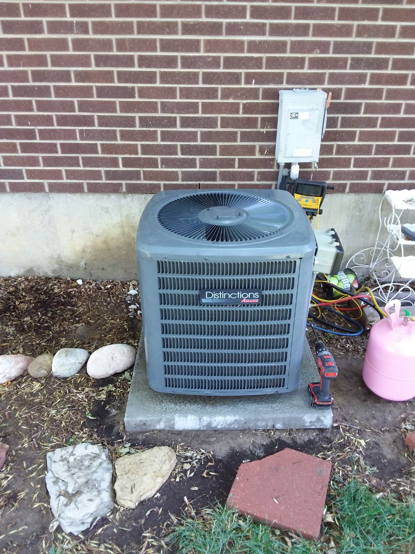 Greeley, CO - Clean and service Amana AC