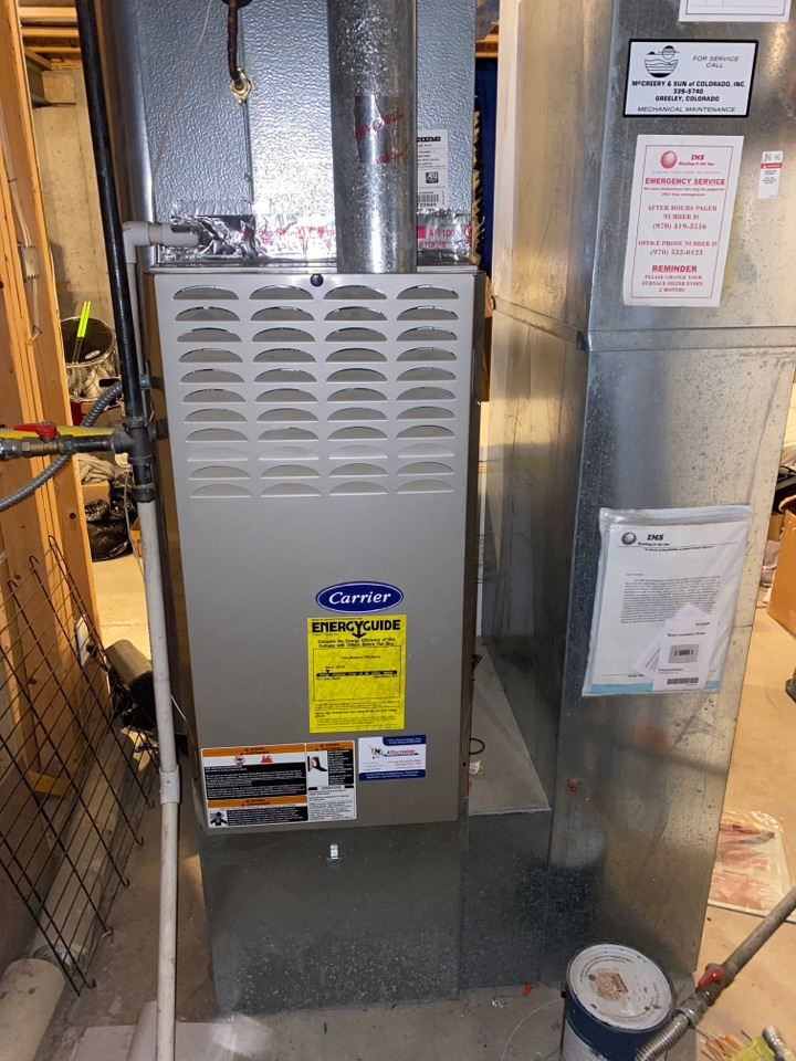 Evans, CO - Furnace tuneup preformed on Carrier equipment.