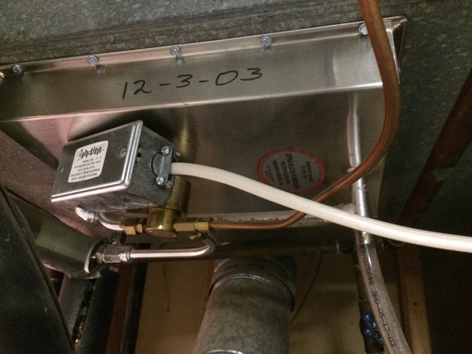 La Salle, CO - Spray-kleen humidifier service. Humidifier is now inoperable. Solenoid valve stuck open.