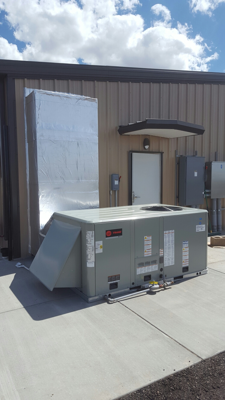 La Salle, CO - Trane rooftop unit install ductwork outside