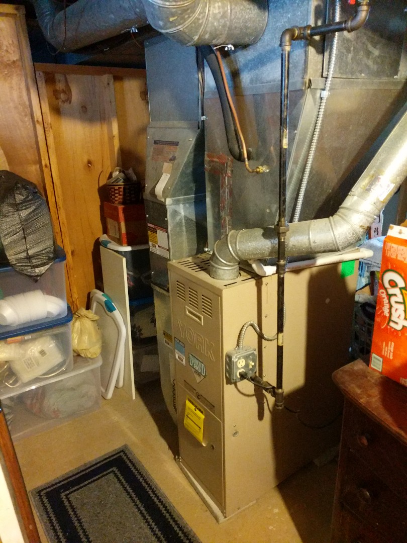 Saint Clair, MI - Tune up on York Diamond 80  furnace.
