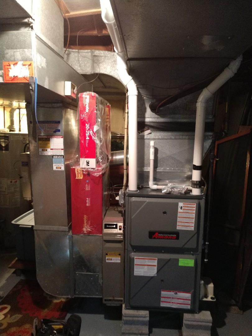 Port Huron, MI - Maintenance tune up on Amana furnace