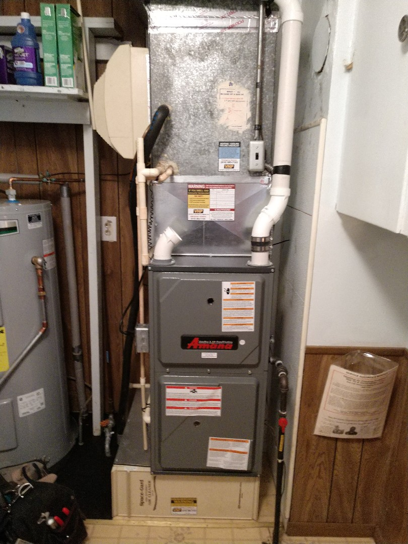 Lexington, MI - Maintenance tune up on Amana furnace