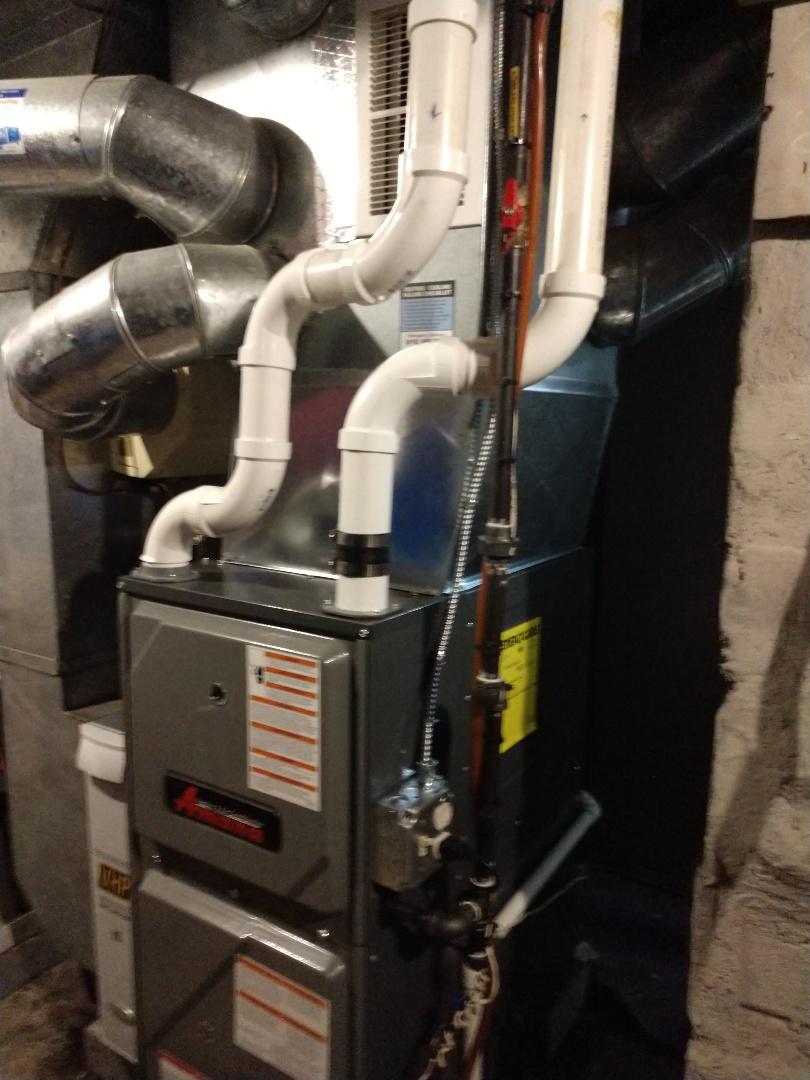 Marysville, MI - Installation of an Amana furnace
