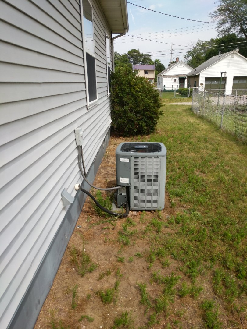 Port Huron, MI - Repair Amana AC on very hot day.