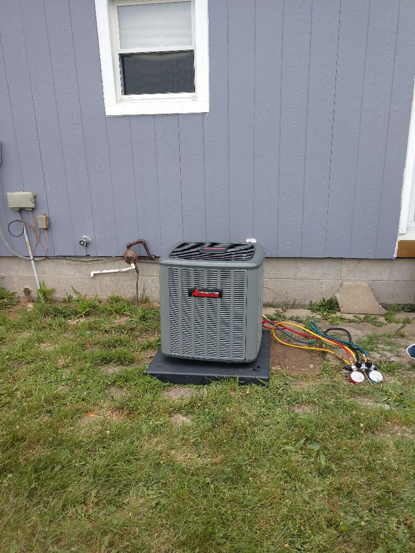 Capac, MI - Installation of an Amana air conditioner