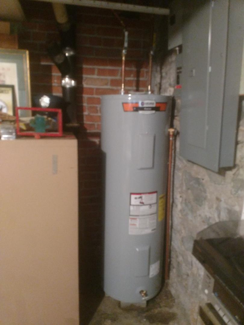 Algonac, MI - Water heater install