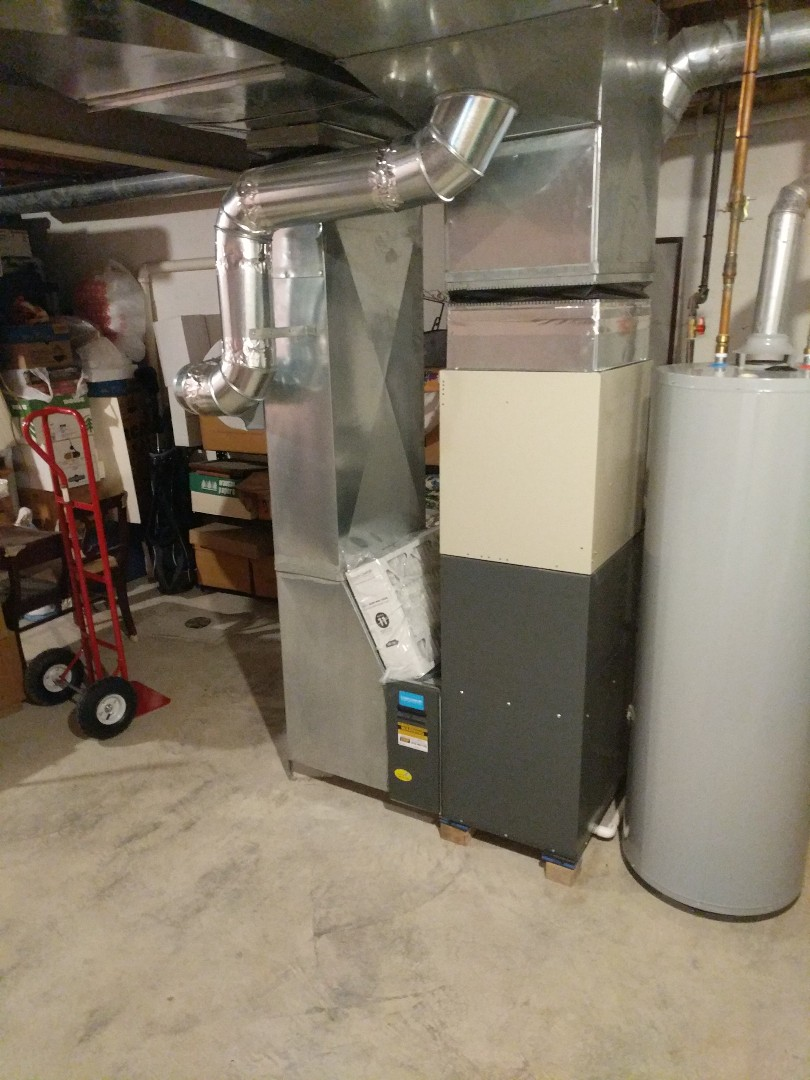 East China, MI - Amana furnace and Aprilaire  humidifier clean and check.