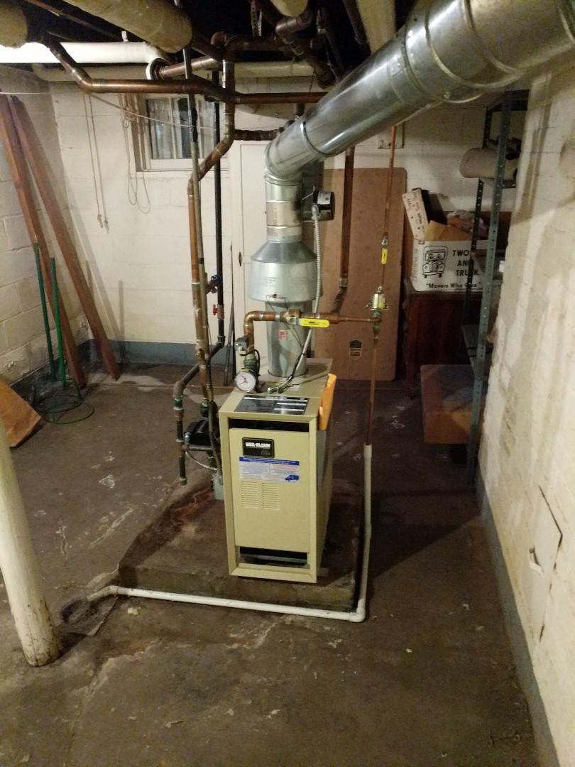 Port Huron, MI - Weil McLain boiler clean and check.