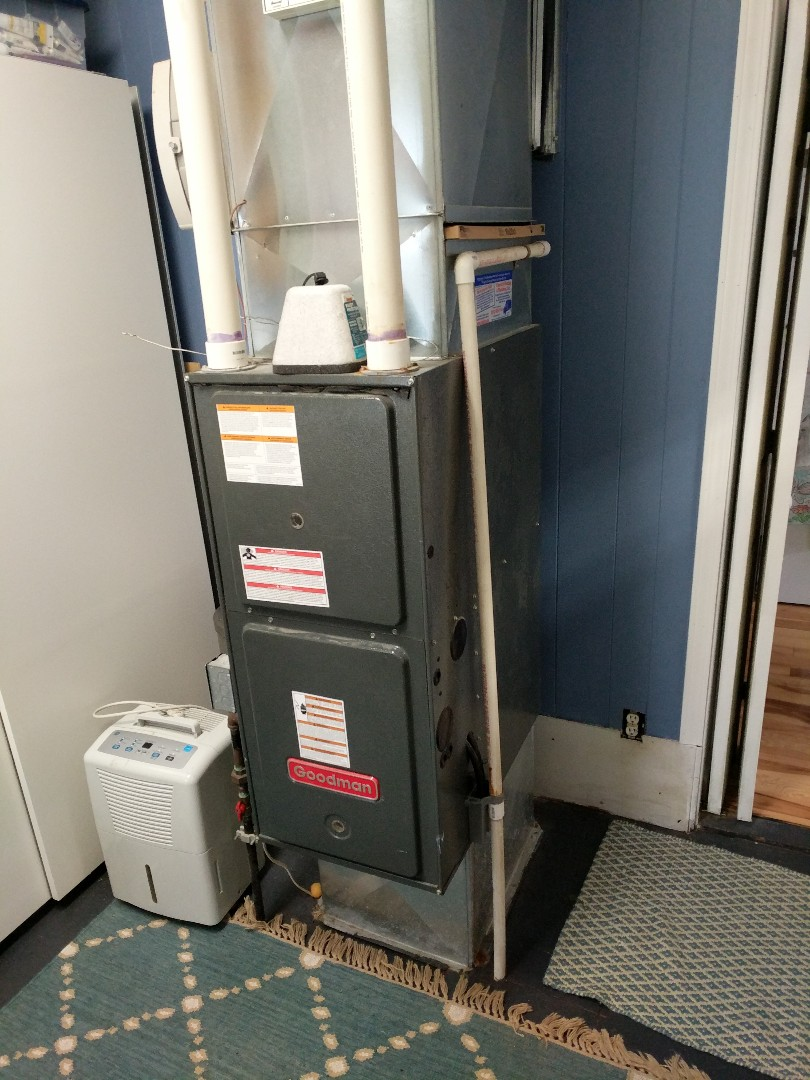 Saint Clair, MI - Furnace repair and replace thermostat.